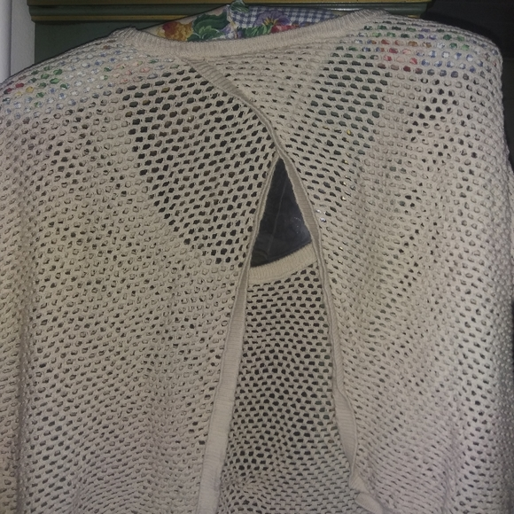 Cropped crochet  flyaway back sweater 00 torrid